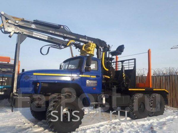 Лесовоз УРАЛ 55571 с гидроманипулятором